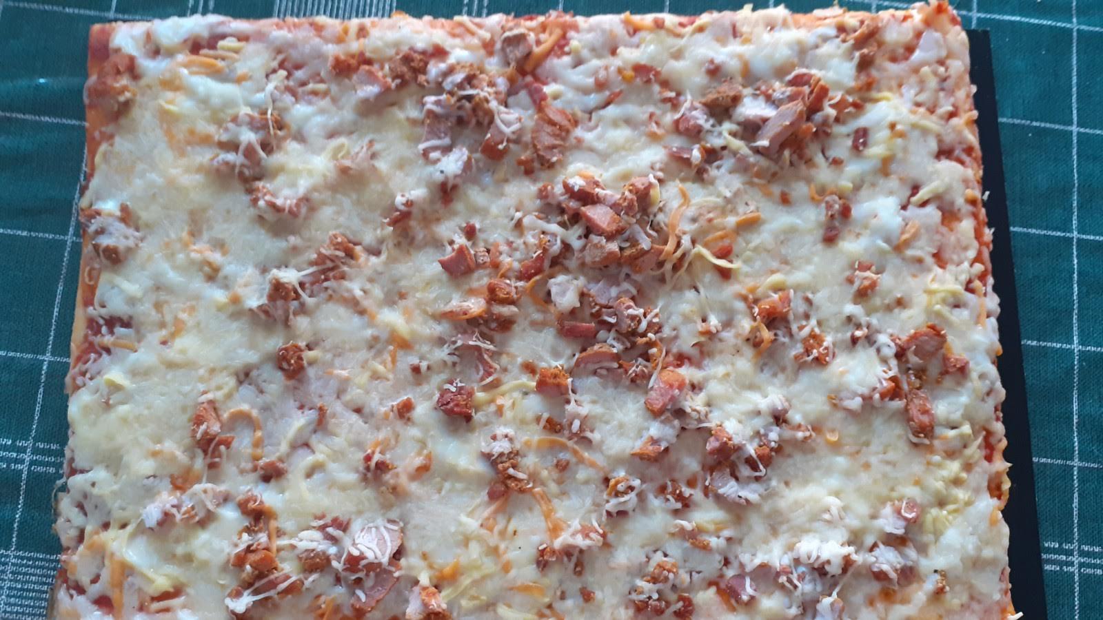 Pizza de pincho moruno